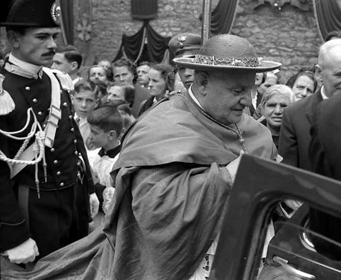 Jean XXIII en cappa