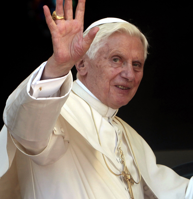 Sa Sainteté le Pape Benoît XVI
