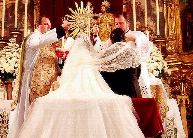 Vélation nuptiale en Espagne-05